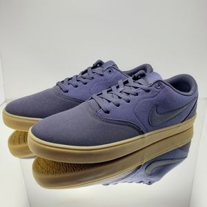 NEW- Nike SB Charge Solarsoft Men's Skate Shoes